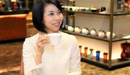 マナー講師・松澤萬紀さんが教えてくれた、コーヒーがよりおいしく味わえるコミュニケーションと8つのマナー|コーヒーをおいしくするのはテクニックだけじゃない——8つのマナー編(後編)