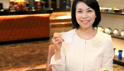 マナー講師・松澤萬紀さんが教えてくれた、コーヒーがよりおいしく味わえるコミュニケーションと8つのマナー|コーヒーは人の心と心を近付ける接着剤——コミュニケーション編(前編)